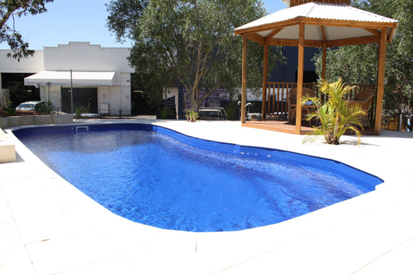 """Puffin"" Fibreglass Pool Design in Perth 