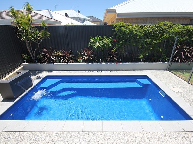 """Verona"" Fibreglass Swimming Pool | Pool Buyers Guide"