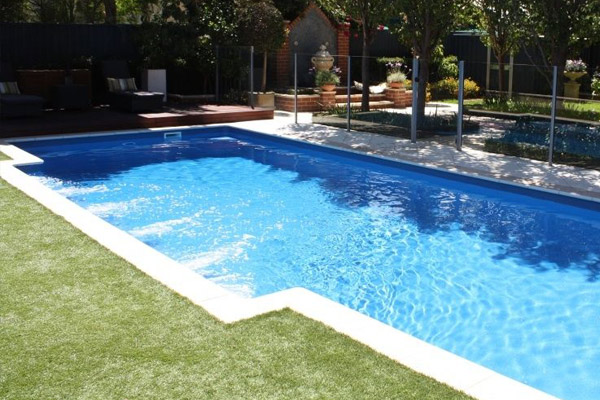 """Dynasty"" Fibreglass Swimming Pool 