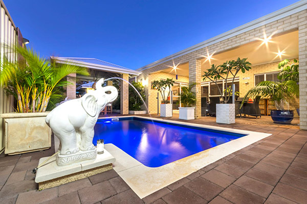 """Hawaii"" Fibreglass Swimming Pool 